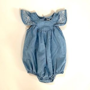 3/$30 ❤️ Old Navy Baby Girl Chambray Romper